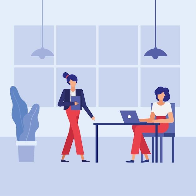 Mujeres en el escritorio en el diseño de la oficina, la fuerza laboral de los objetos de negocio y el tema corporativo