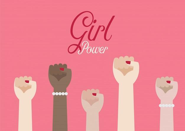 Mujeres puño manos e inscripción poder femenino.
