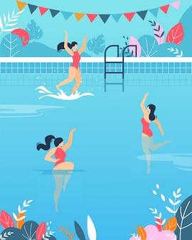Mujeres realizando actividades acuáticas en la piscina