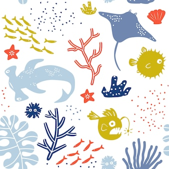 Mundo submarino niño o niño de patrones sin fisuras con stingray, pez globo, pez linterna y tiburón martillo.