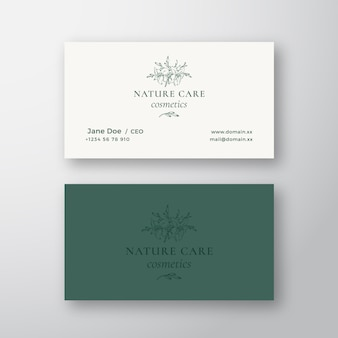 Nature care cosmetics vector sign o logo y plantilla de tarjeta de visita.