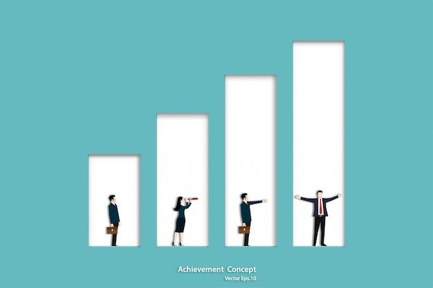 Negocio de personas de pie en el gráfico de barras en crecimiento
