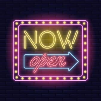Neón estamos abiertos letrero