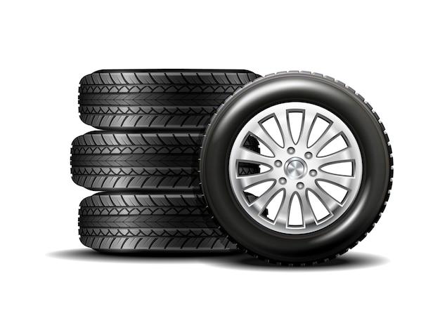 Neumáticos de automóvil aislados en blanco