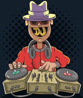 Night club dj tocando música en un mezclador de sonido y gramófonos