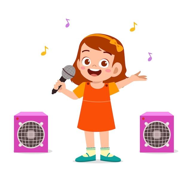 Niña canta una hermosa canción en el escenario