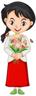 Niña con flores y mariposas sobre fondo aislado