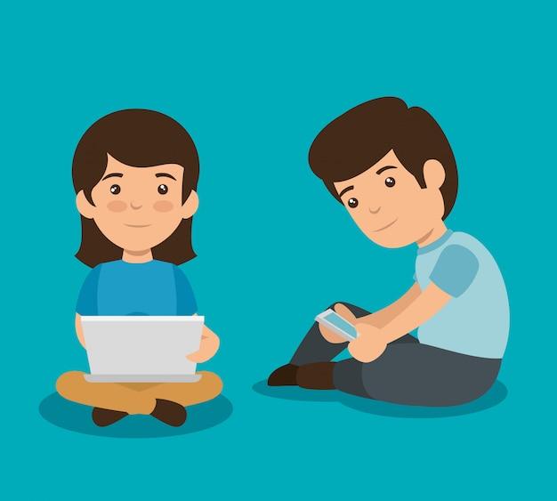 Niña y niño con tecnología de computadora portátil y teléfono inteligente