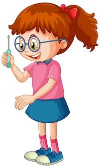 Una niña sosteniendo un destornillador sobre fondo blanco.