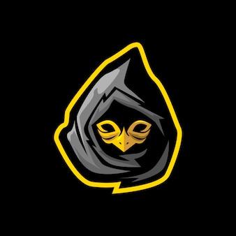 Ninja con mascara de ave e mascota de juegos deportivos