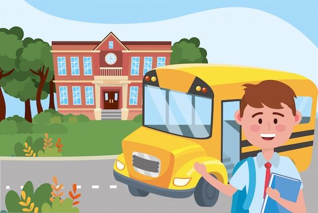 Niño chico y escuela de bus