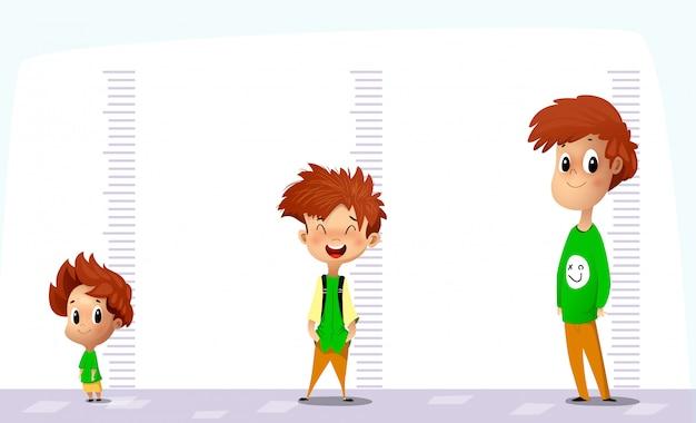 Niño feliz mide su crecimiento en diferentes edades.