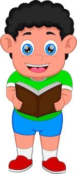 Niño está leyendo un libro