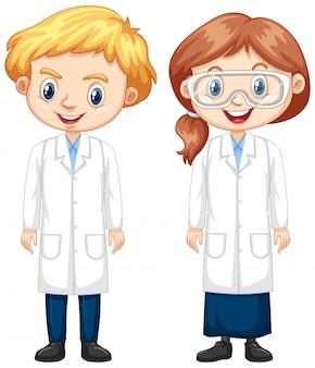 Niño y niña en bata de ciencia