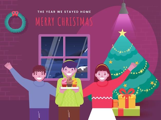Niños alegres que dicen que este año celebramos feliz navidad en casa