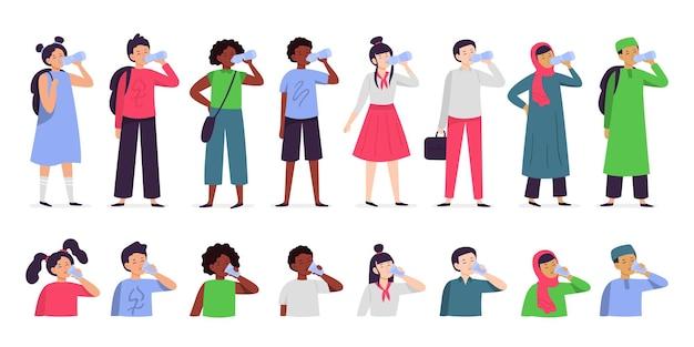Los niños beben agua. bebidas para niños multiétnicos bebiendo agua de botella y vaso. agua para el conjunto de ilustraciones de niños.