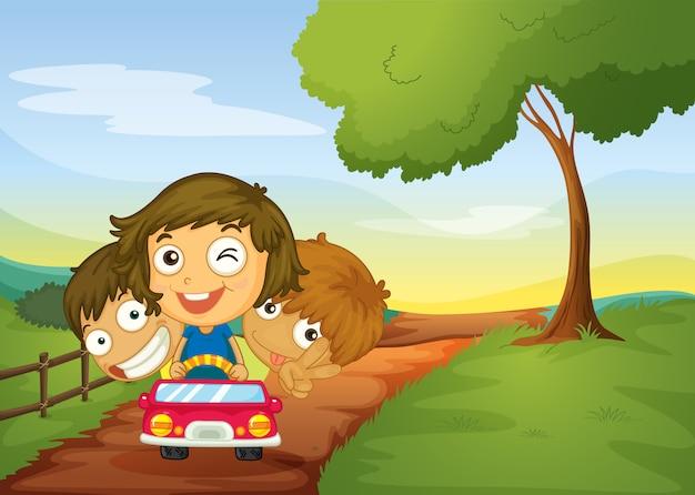 Niños y coche
