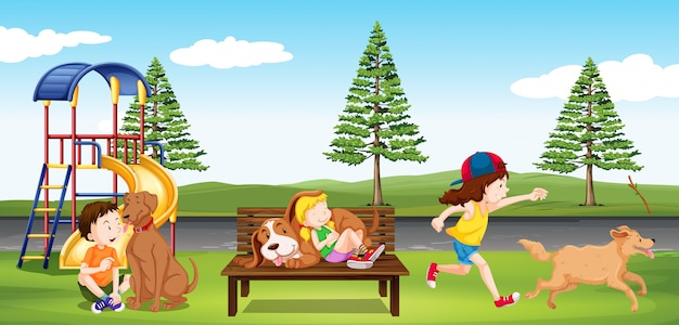 Niños colgando en el parque