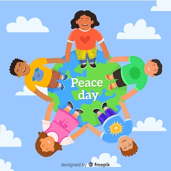 Niños de dibujos animados sonrientes unidos en el día de la paz