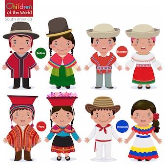 Niños en diferentes trajes tradicionales-bolivia-ecuador-perú-venezuela