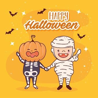 Niños disfrazados de esqueleto y momia para feliz celebración de halloween