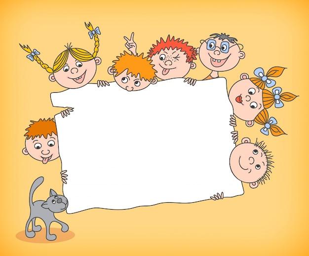 Niños de doodle con cartel en blanco