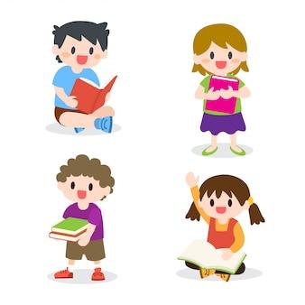 Niños estudiando la colección de libros de lectura