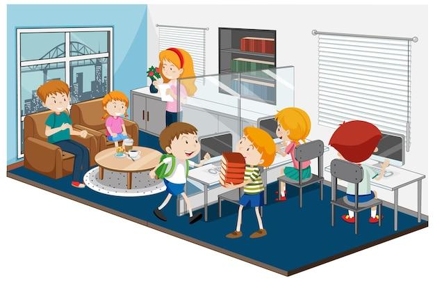Niños felices en la escena de la sala de computadoras.