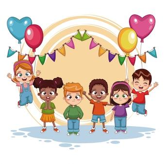 Niños felices en la fiesta de cumpleaños