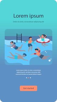 Niños felices en piscina plana aislada