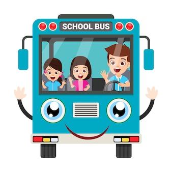 Niños felices y vista frontal del autobús escolar aislado en blanco