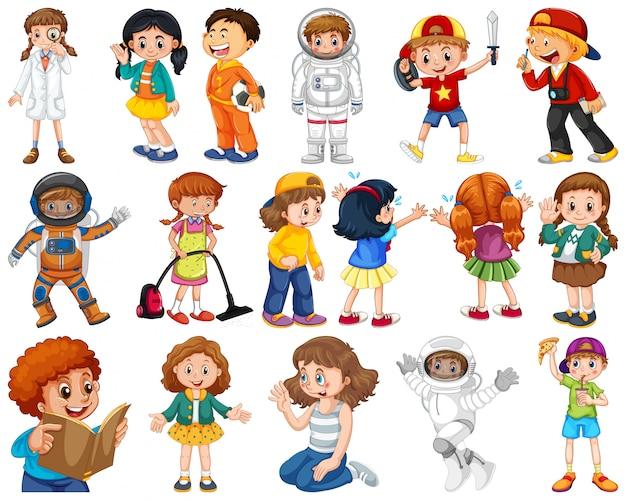 Niños en grupos grandes que interpretan nuestros papeles varos
