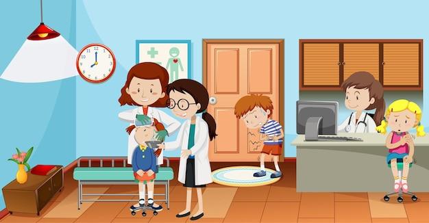 Niños en el hospital con escena de doctores.