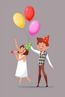 Niños en la ilustración de sombreros de cumpleaños. niño sonriente con imágenes prediseñadas de pelo rizado. niño sosteniendo globos. personajes de dibujos animados de hermano y hermana. celebración del día b. chica con silbato de fiesta
