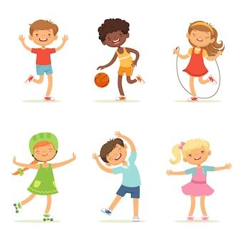 Niños jugando en juegos activos.