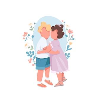 Niños lindos abrazados juntos