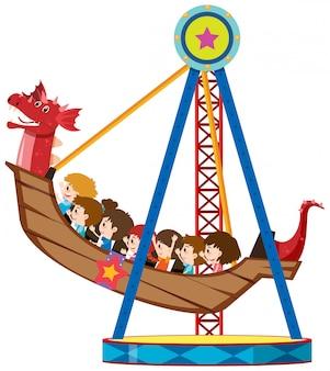 Niños montando en vikingo