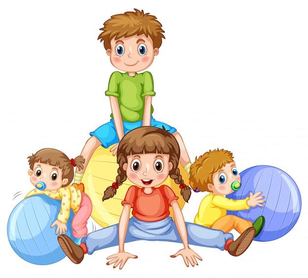 Niños y niñas jugando con pelotas