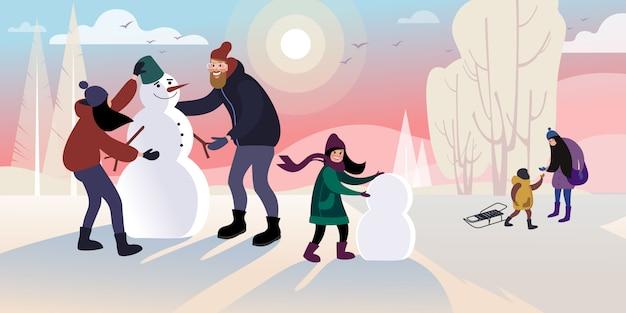 Los niños con papá hacen un muñeco de nieve en un parque de invierno de la ciudad. ilustración de vector plano