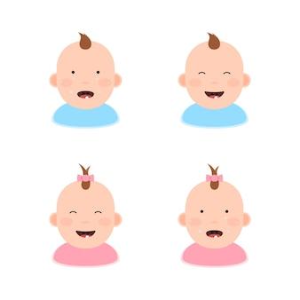 Niños con los primeros dientes.