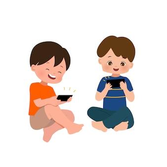 Niños que usan dispositivos inteligentes para jugar y ver videos en línea. piso aislado sobre fondo blanco.