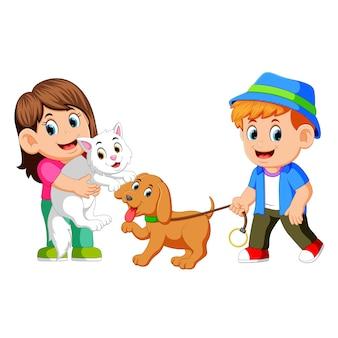 Niños y su mascota