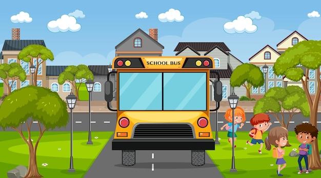 Niños yendo a la escuela en bus.