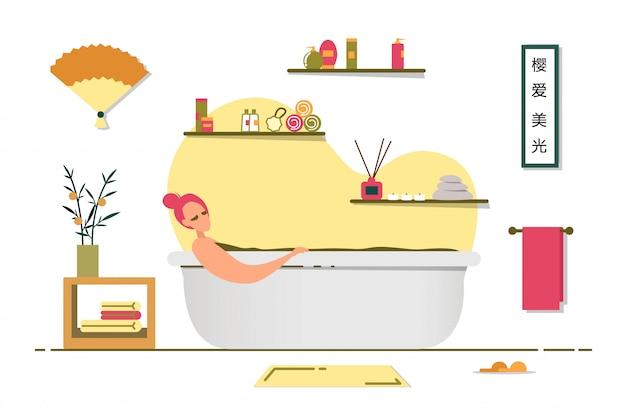 Noche en casa relajación en el baño después del trabajo.