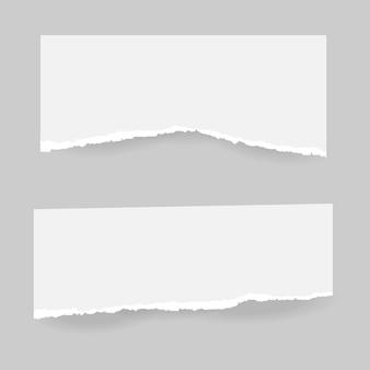 Nota rasgada, tiras de papel granulado del cuaderno pegadas