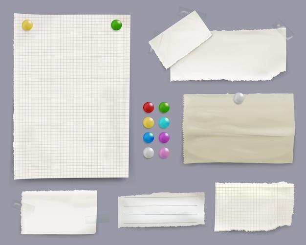 Notas de mensaje ilustración de hojas de papel con clips de pin de color en el fondo del tablón de anuncios