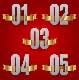 Números metálicos con cintas doradas.