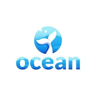 Océano - logotipo de la letra o con cola de ballena en el concepto de mar