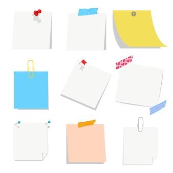 Oficina en blanco de papel vacío con pin, cinta y clip de papel