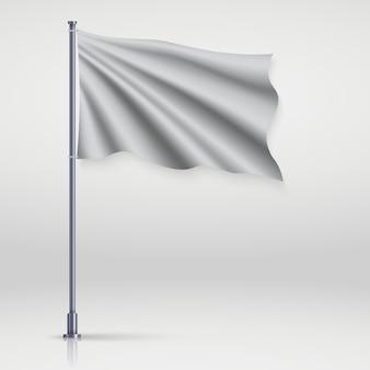 Ondeando bandera en blanco en el asta de la bandera